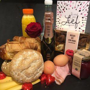 Valentijsndag-Ontbijt-Kusjes-uit-Den-Haag-Gransjean